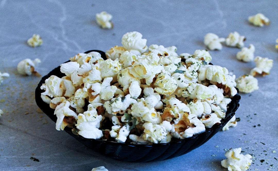 Popcorn with Atlantic Kombu